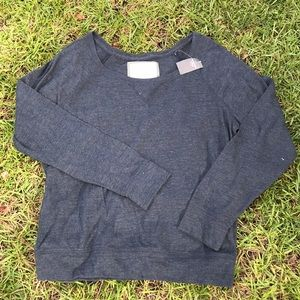 Abercrombie & Fitch tee pullover sweater Sz L New